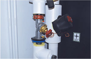 Differential pressure (DP) regulator used to absorb pressure variations to the Computer Room Air Handler (CRAH) unit.